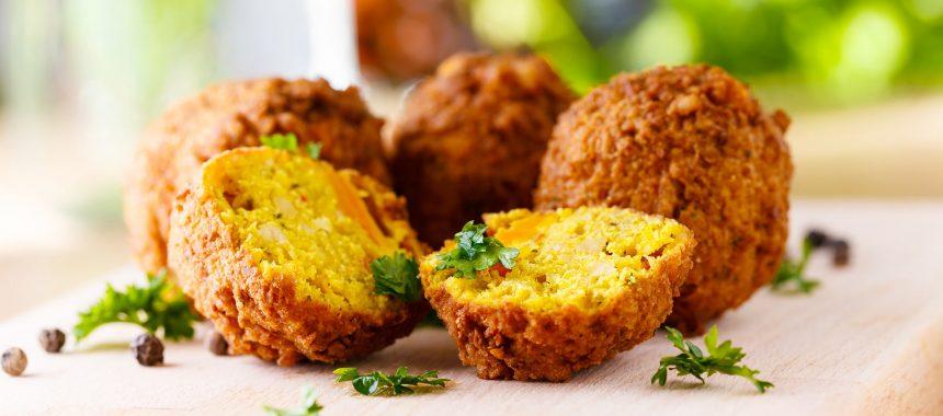 Falafel – hrustljave čičerikine kroglice z Bližnjega vzhoda