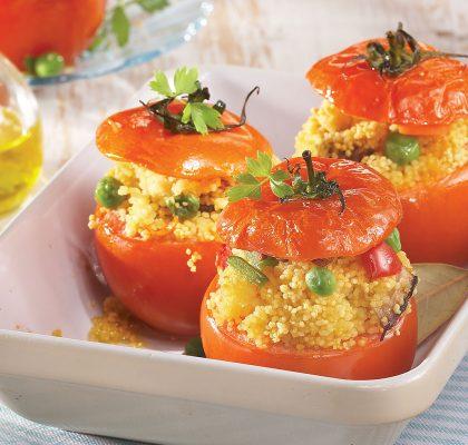 Polnjeni paradižniki s kuskusom