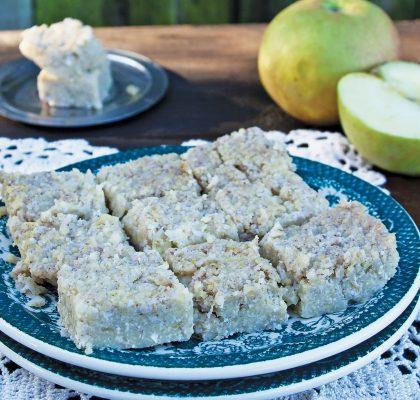 Proseni narastek z jabolki