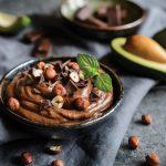Avokadova krema z oreščki