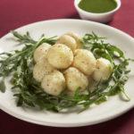 Krompirjevi cmoki z rukolo - odlična priloga